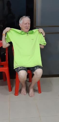 Beautiful GREEN shirt.